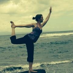 erin-yoga-bali